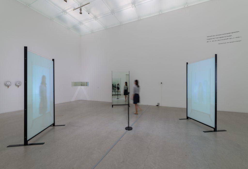 展示風景:「われらの時代:ポスト工業化社会の美術」金沢21世紀美術館、金沢、2015、photo: Nobutada Omote